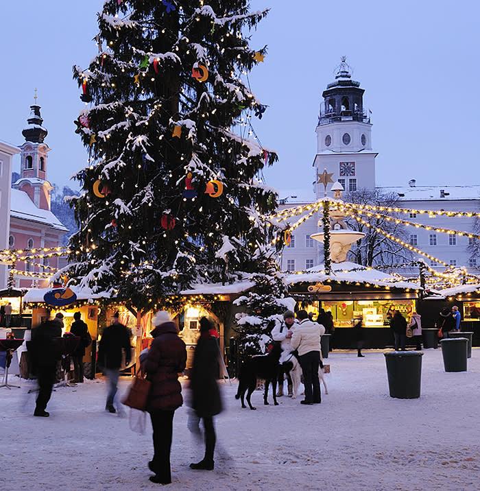 Salzburg Christmas Market.Salzburg Snow Strudel And Silent Night Financial Times