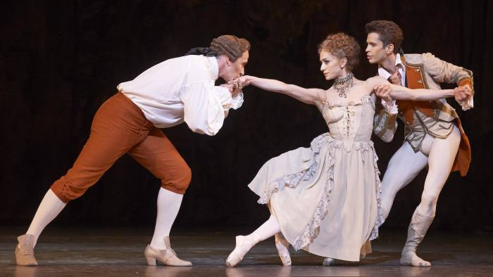 Ricardo Cervera, Marianela Nuñez and Christopher Saunders in the Royal Ballet's 'Manon'