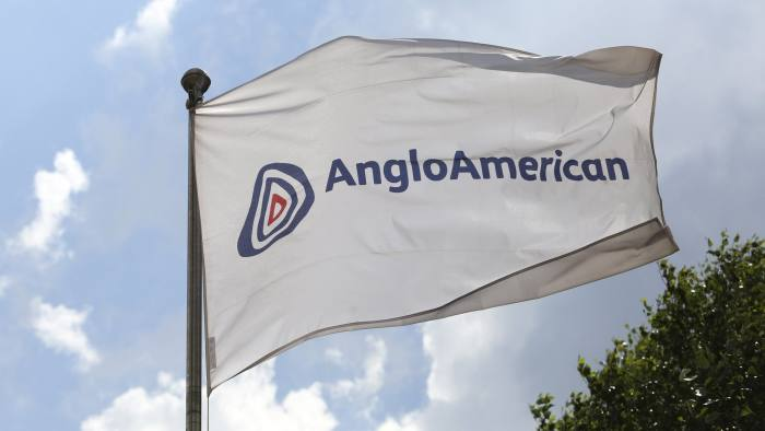 anglo americans London (reuters) - anglo american beat expectations on thursday with a 5 percent increase in production in 2017, driven by increases in diamond and iron ore output, while base metal copper stagnated.