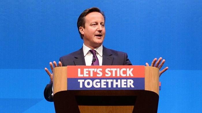 epa04401962 British Prime Minister David Cameron delivers a speech to Better Together supporters in Aberdeen, Scotland, 15 September 2014. British Prime Minister David Cameron was set to hit the campaign trail in Scotland on 15 September, in a last ditch attempt to persuade voters to say