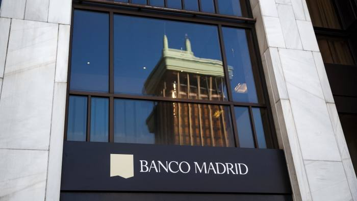 The logo of the Banco de Madrid can be seen at its headquarters in Madrid March 11, 2015. The financial authority of tax haven Andorra has taken control of private bank Banca Privada D'Andorra (BPA) after the United States declared the lender as under suspicion for money laundering, the Andorran government said on Tuesday. The Bank of Spain said later on Tuesday it would take over Banco de Madrid, BPA's wholly-owned Spanish unit, in the interests of the lender's continuity following the events at BPA. REUTERS/Andrea Comas (SPAIN - Tags: BUSINESS POLITICS CIVIL UNREST)