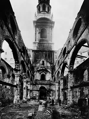 Bomb-hit St Bride's, c1941