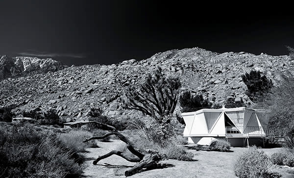 D'Angelo House in Palm Springs by Henry Conrey
