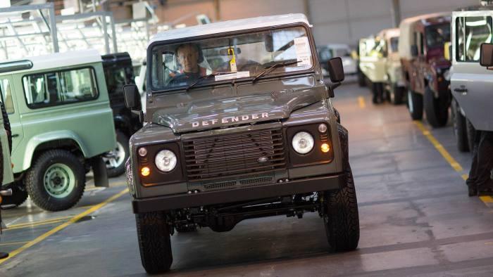 08d7ee70e Return of Jaguar's Land Rover Defender relished by off-road fans ...