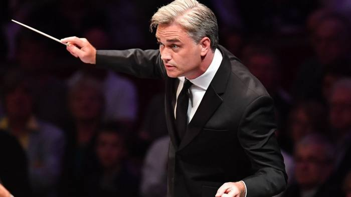 Edward Gardner conducts the BBCSO at the opening night of the BBC Proms