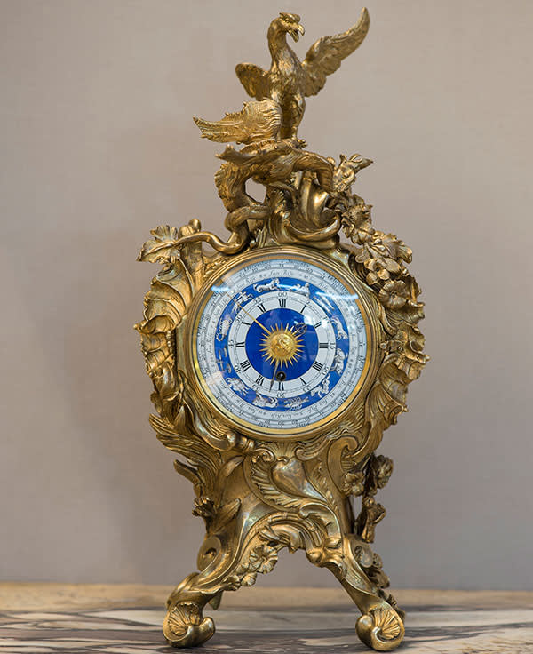 Rococo clock, found by Hurst and now owned by the V&A