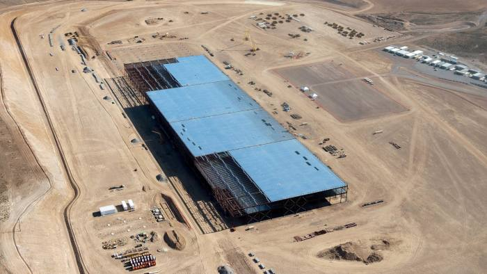The Tesla Gigafactory is shown under construction outside Reno, Nevada May 9, 2015. Picture taken May 9, 2015. REUTERS/James Glover II - RTX1CHC9