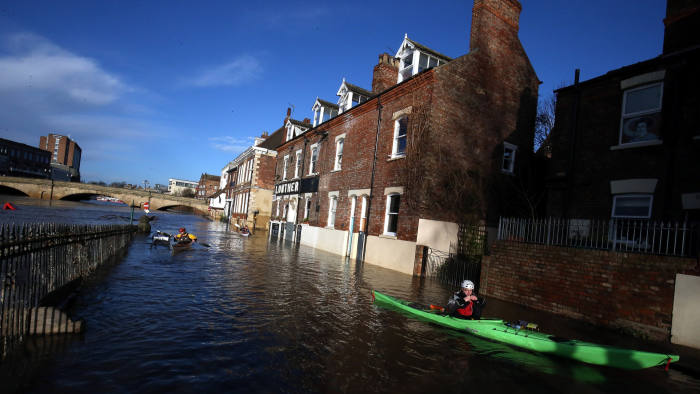 Floods clean-up continues in England, Scotland and Ireland