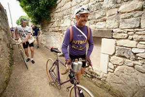 Bike enthusiasts assemble at the Anjou Vélo Vintage