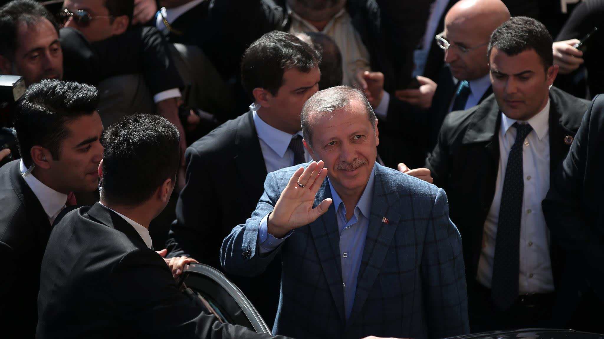 Local election highlights deep divisions among voters in Turkey   Financial Times