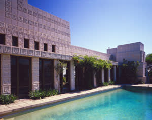 Ennis House, in Los Angeles was used in 'The House on Haunted Hill' (1959), 'Twin Peaks' (1990) and 'Blade Runner' (1982)