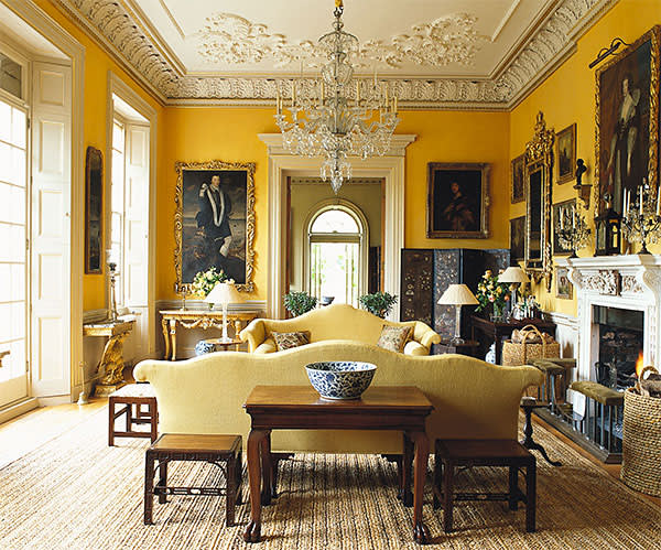 The drawing room in Ven House. which Edward Hurst helped furnish with two 18th-century sofas