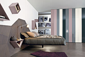 Lago Fluttua is supported by one central stand making the bed appear to float in air, www.lago.it