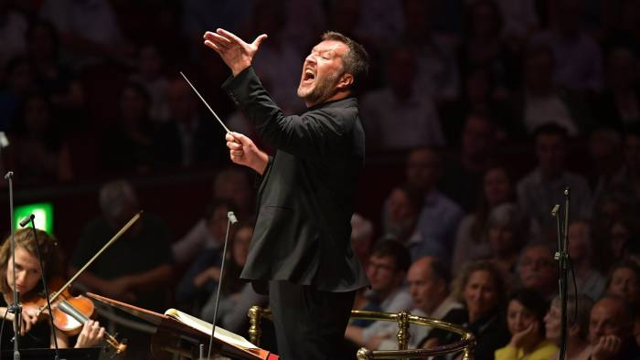 Thomas Adés conducts the Britten Sinfonia at the BBC Proms