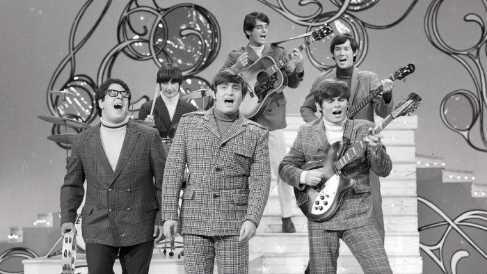 THE HOLLYWOOD PALACE - Airdate: December 19, 1966. (Photo by ABC Photo Archives/ABC via Getty Images) THE TURTLES