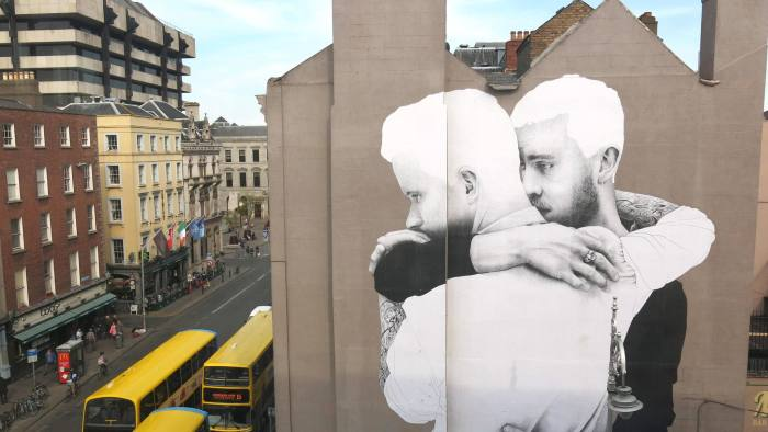 EMYAPC Image of 'Yes Equality' campaign related mural on display in Dublin city in the build up to the Gay Marriage Referendum
