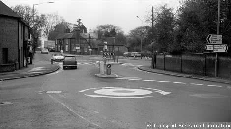 Defining Moment The British Invent The Modern Roundabout 1966 Financial Times