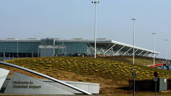 Johnson sets out airport proposals