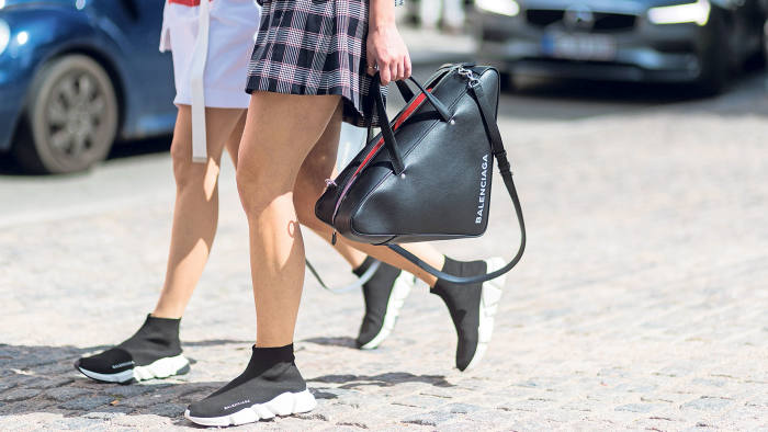 6a4ddbacdc142 Geometry class: this season's boldest bag trend is taking shape ...