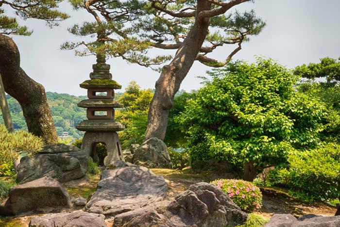 Kenroku-en garden shrine in Kanazawa