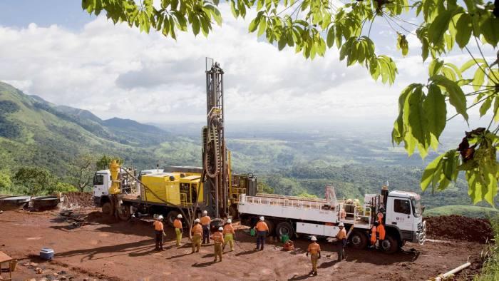 iron-ore drilling in Simandou Guinea