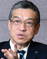 Hiroshi Ohnishi of Mitsukoshi