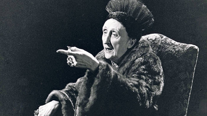 Dame Edith Sitwell in a 1969 BBC interview