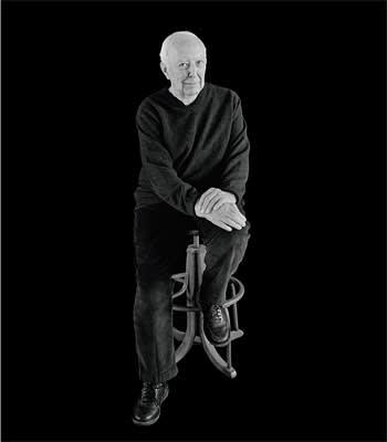 A portrait of Jasper Johns