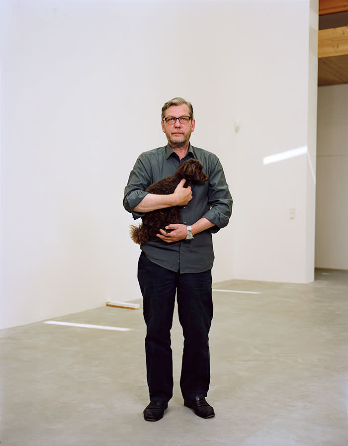Thomas Ruff with his dog, photographed for the FT at his studio in Düsseldorf