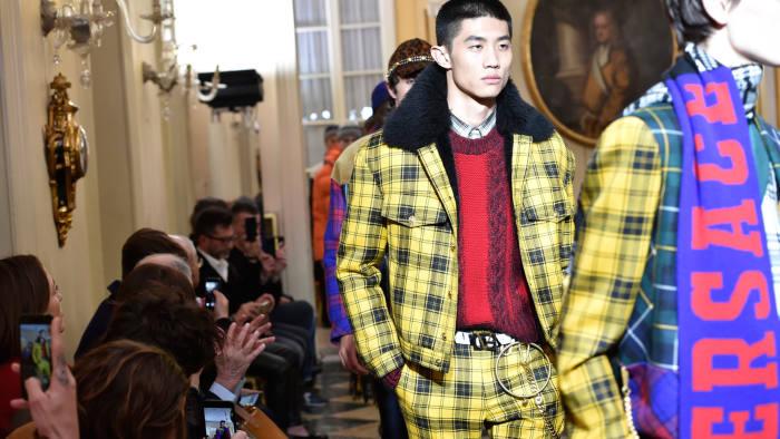 Versace Fall Winter 2018 Milan Fashion Week Men