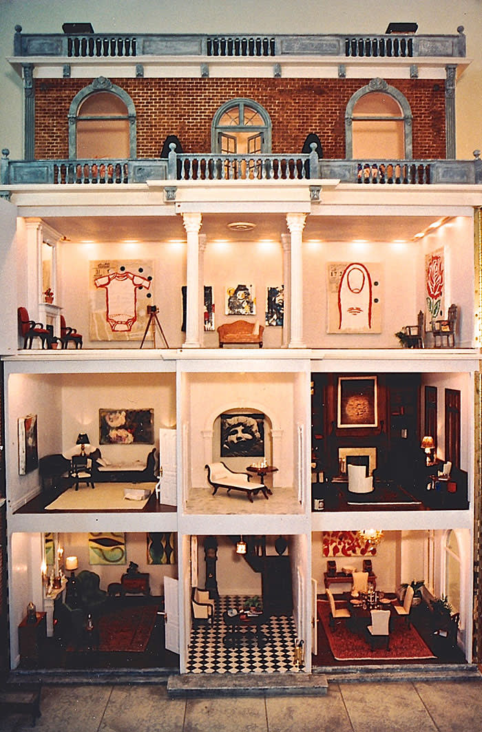 Spotlight: Miss Lucy's 3 Day Dollhouse Party December 14, 2017 – February 4, 2018 Organized by the Norton Museum of Art Donald Baechler's paintings in Miss Lucy's Dollhouse Collection Douglas B. Andrews