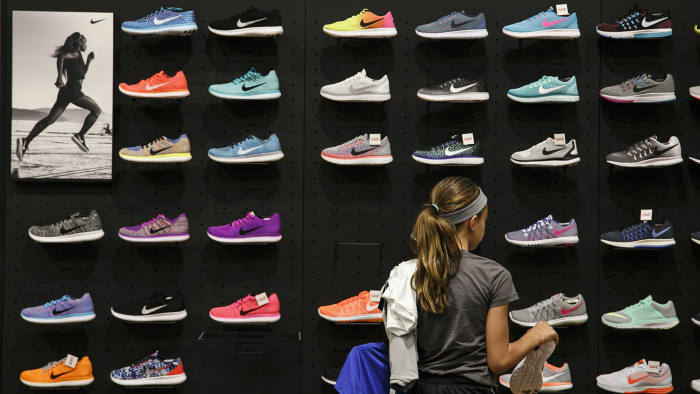 Nike cuts jobs as sales growth slows | Financial Times