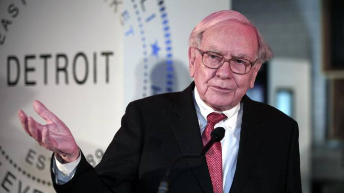 DETROIT, MI - NOVEMBER 25:  Warren Buffett, Chairman and CEO of Berkshire Hathaway and Co-Chairman of Goldman Sachs 10,000 Small Businesses Program, speaks during a press conference where it was announced that Detroit was named the 11th city to be included in the $500 million Goldman Sachs initiative November 26, 2013 at Ford Field in Detroit, Michigan. Under the program, small businesses in Michigan will be eligible to receive $20 million in loans. The initiative was designed to help small business entrepreneurs create jobs and grow their businesses.(Photo by Bill Pugliano/Getty Images)