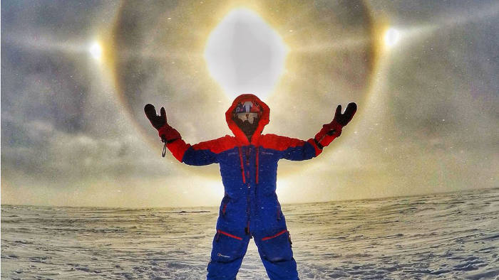 Houlding encounters a 22-degree solar halo, the result of atmospheric ice crystals