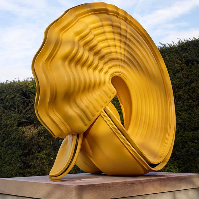 Tony Cragg, Outspan, 2008. Bronze, 190 x 200 x 124cm. Courtesy the artist and Museum Lehmbruck. Photo Michael Richter