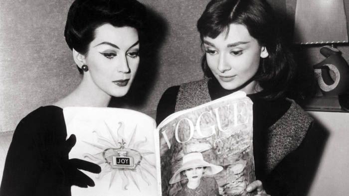 Dovima (left) and Audrey Hepburn in 'Funny Face' (1957)