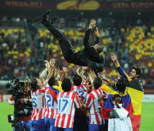 Diego Simeone leads Atlético to a Europa League triumph in 2012