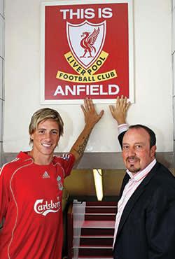Fernando Torres with former Liverpool manager Rafael Benitez