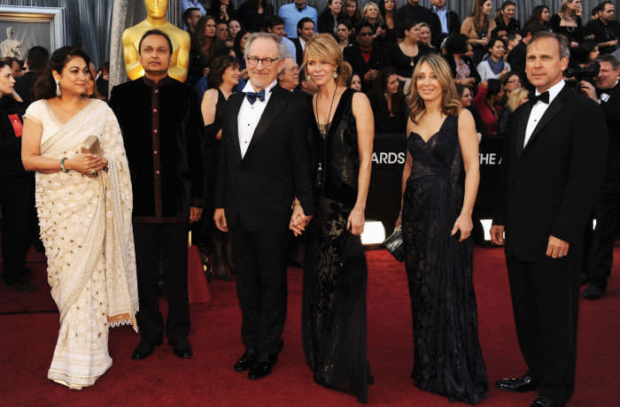 HOLLYWOOD, CA - FEBRUARY 26: Chairman of Reliance Anil Dhirubhai Ambani Group Anil Ambani (2nd L) and guest, director Steven Spielberg and Kate Capshaw (both center), and Co-Chairman/CEO of DreamWorks Stacey Snider (2nd R) and guest arrive at the 84th Annual Academy Awards held at the Hollywood & Highland Center on February 26, 2012 in Hollywood, California. (Photo by Kevin Mazur/WireImage)
