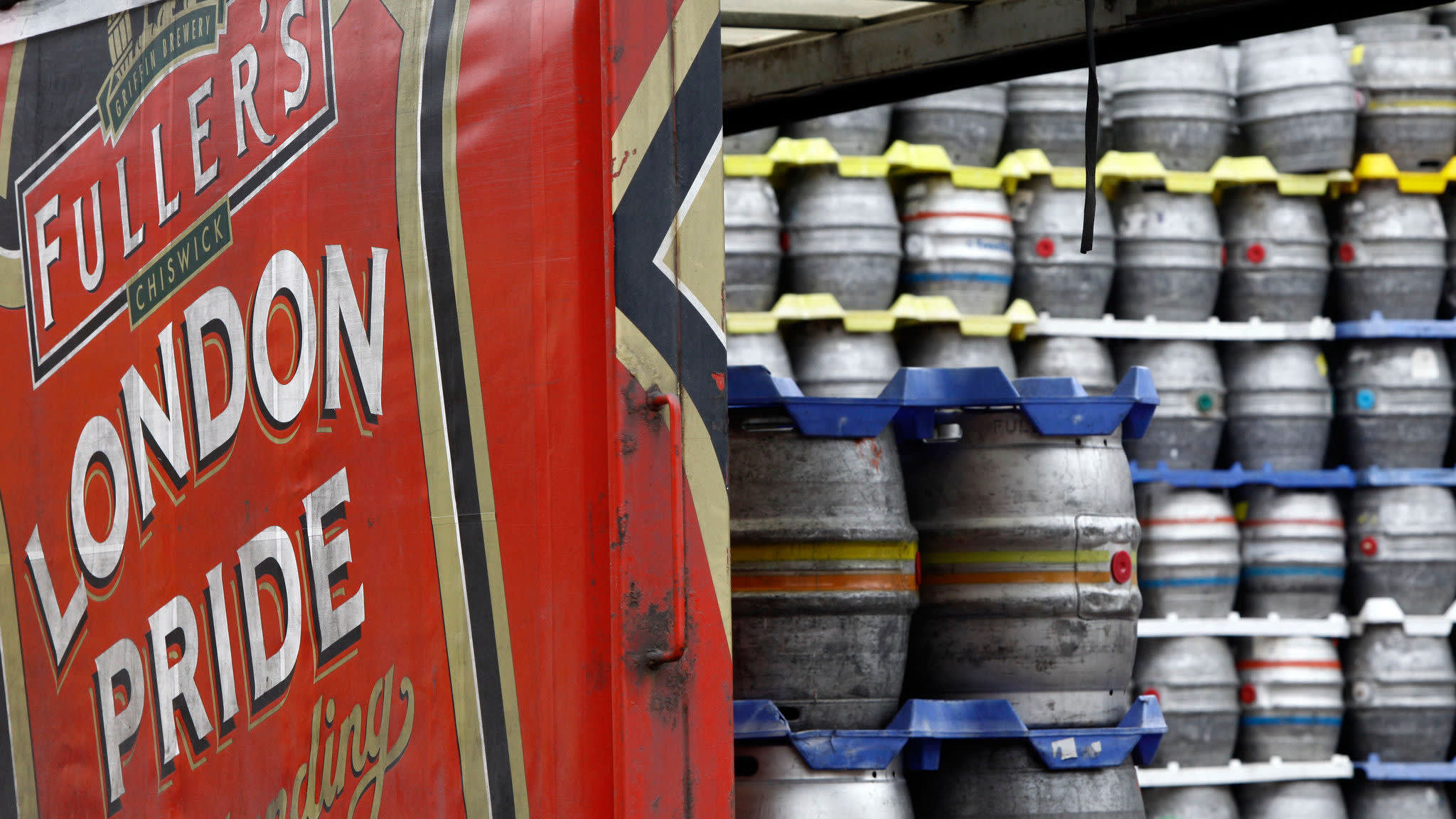 Fuller's exits brewing with £250m sale to Japan's Asahi | Financial Times