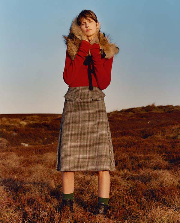 Womenswear from Stella Tennant and Isabella Cawdor's Holland & Holland AW16 collection