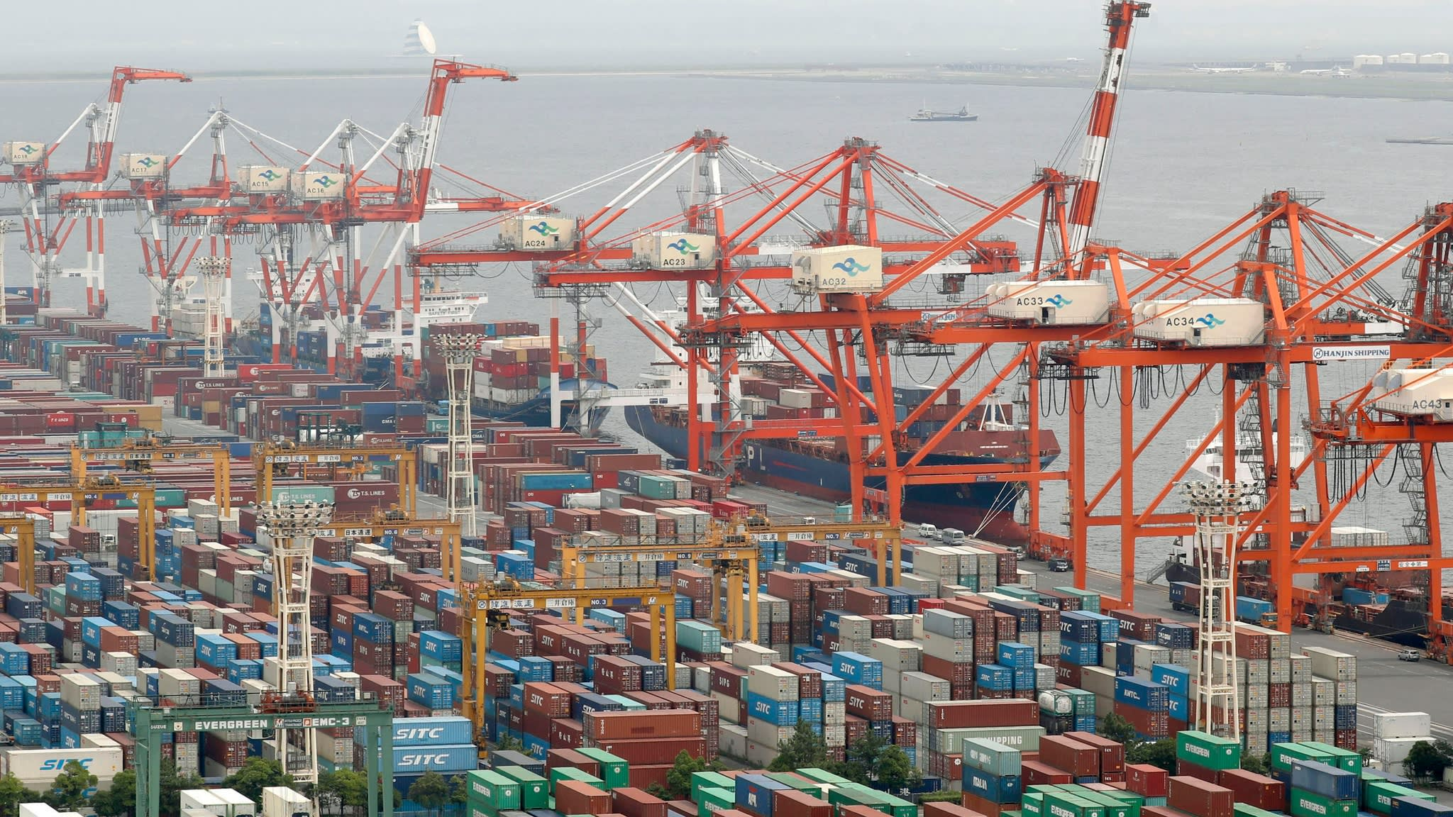 Japan flash manufacturing PMI remains weak on faltering exports | Financial Times