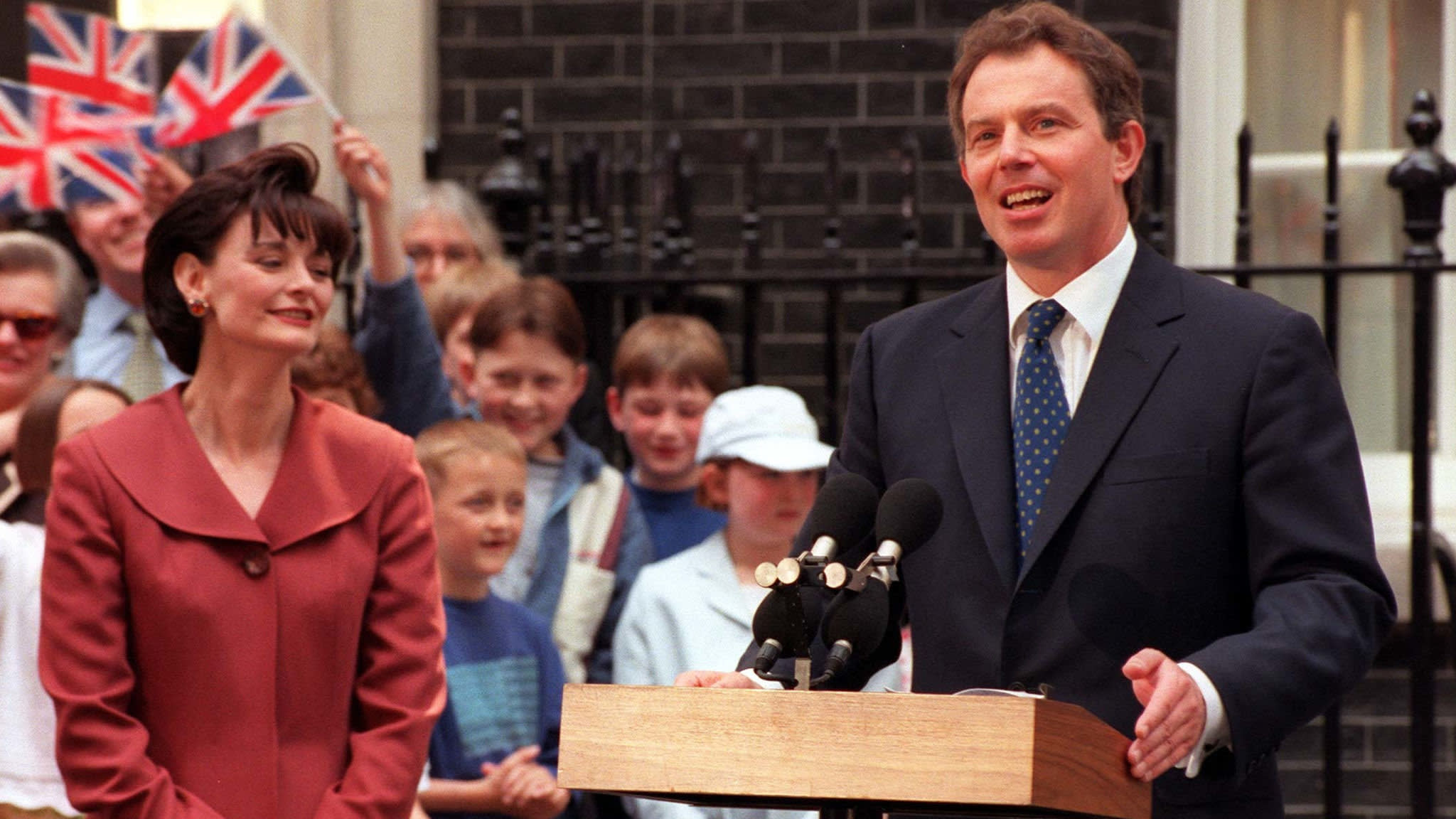 Tony Blair's soggy tie holds lessons for would-be reformers | Financial Times