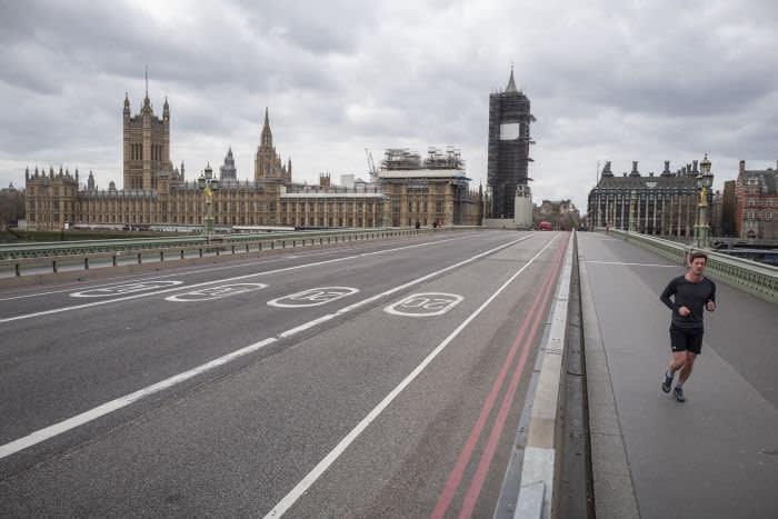 04/03/2020 Le nouveau reportage photo normal. Pont de Westminster. Un reportage photo sur des scènes du centre de Londres 10 jours après l'interdiction.