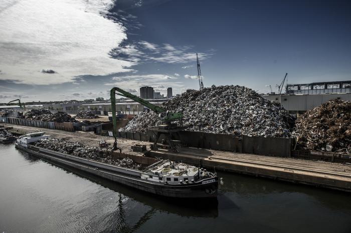 Waste being processed at HKS, Amsterdam