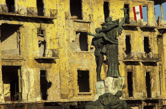 LEBANON - DECEMBER 23: Beirut City, Lebanon On December 23, 1990 - Place des Martyrs (Place des Canons). (Photo by Marc DEVILLE/Gamma-Rapho via Getty Images)