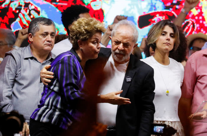 Former Brazilian Presidents Luiz Inacio Lula da Silva and Dilma Rousseff attend the opening ceremony of the Workers Party (PT) Congress in Sao Paulo, Brazil November 22, 2019. REUTERS/Nacho Doce - RC2NGD920I23