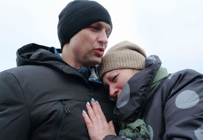A Ukrainian prisoner is reunited with his mother