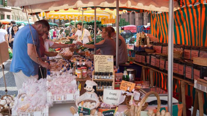 W9HWC2 Market Stall in Mainz, Germany