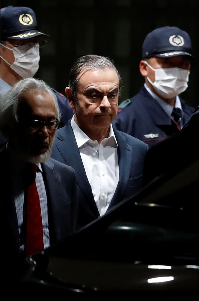 Former Nissan Motor Chariman Carlos Ghosn leaves the Tokyo Detention House in Tokyo, Japan April 25, 2019. REUTERS/Issei Kato - RC13B703EF90